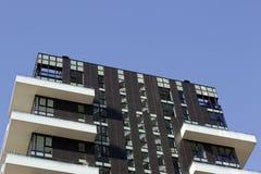 Luminosidade reduzida na skyline de Milão Imagens de Stock