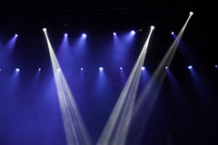 Lumières d'étape sur le concert Images stock