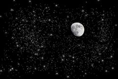 Luna in cielo notturno stellato Immagini Stock