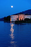 Luna del lago villa Immagini Stock