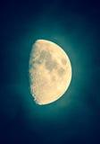 Luna gibbous di alone verde di buona fortuna, HDR Fotografia Stock