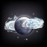 Luna Llena con las nubes sobre el cielo oscuro con las estrellas Fotografía de archivo libre de regalías
