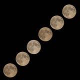 Luna piena in aumento Immagine Stock