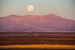 Luna piena, deserto di Atacama del Cile Fotografie Stock