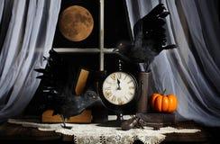 Luna piena di mezzanotte di Ravens Immagine Stock