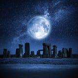 Luna piena di Stonehenge Fotografie Stock Libere da Diritti