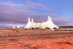 Luna piena sopra una tenda di circo Fotografie Stock