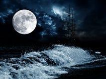 Luna sobre el sae fotografía de archivo libre de regalías