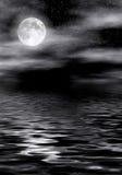 Luna su acqua Immagini Stock
