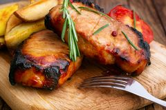 Lunch meat with vegetables, horizontally Royalty Free Stock Images