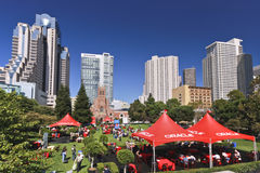 Lunch for Oracle OpenWorld 2010 attendees. SAN FRANCISCO, CA, SEP 22 -  Lunch for Oracle OpenWorld 2010 attendees at Yerba Buena Gardens Meadow San Francisco on Stock Photos