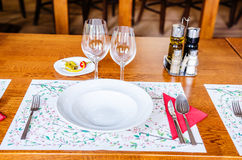 Lunch set-up table Royalty Free Stock Photography