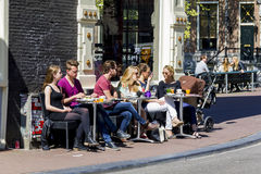 Lunch on the sidewalk Royalty Free Stock Photography
