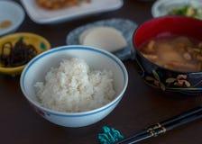 Lunchuppsättning av japansk kokkonst i Yamagata arkivbilder