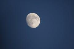 Lune dans le ciel Photo stock