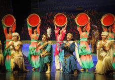 Lune de ballet de danse-Hui de groupe au-dessus de Helan Image stock