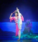 Lune de ballet de fille-Hui de Han au-dessus de Helan Image libre de droits