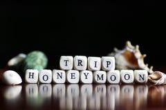 Lune de miel de cube en textes Images stock