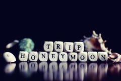 Lune de miel de voyage de cube en textes Photographie stock libre de droits