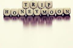 Lune de miel de voyage de cube en textes Images stock