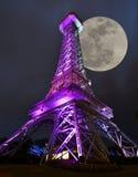 Lune de Tour Eiffel photos libres de droits