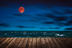 Lune rouge - bloodmoon photos stock
