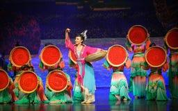 Lune sèche de ballet de wolfberrys-Hui au-dessus de Helan Photos libres de droits