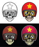 Lunettes de port de crâne de cycliste et casque grunge de drapeau du Vietnam, crâne de dessin de main Image stock