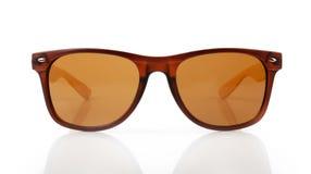 lunettes de soleil d'isolement par fond blanches images libres de droits