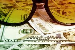 Lunettes de soleil reflétant l'argent Images libres de droits