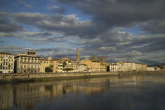 Lungarno delle Grazie, Florencja obrazy stock