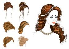 Lungo intreccia i capelli marroni creativi, isolati su fondo bianco Acconciature di una donna Insieme delle illustrazioni di vett royalty illustrazione gratis