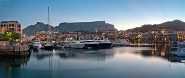Lungomare di Città del Capo V&A fotografie stock libere da diritti