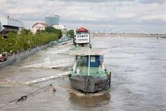 Lungomare di Danubio - di Bratislava nella città all'alta inondazione da più alta acqua misurata Immagine Stock Libera da Diritti