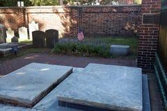 Luogo di sepoltura del ` s di Ben Franlin in Filadelfia immagini stock