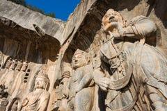 LUOYANG KINA - NOVEMBER 13 2014: Longmen grottor UNESCOvärld henne Arkivfoto