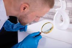Lupa de Examining Cabinet With del portero imagenes de archivo