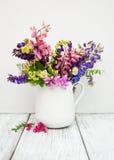 Lupines w wazie Fotografia Stock