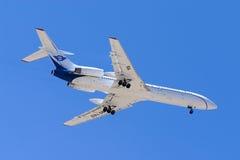 Luqa,马耳他2005年7月2日:俄国人图-154着陆 库存照片