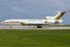 Luqa,马耳他2005年9月30日:俄国被制造的图-154 免版税库存图片