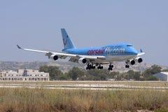 Luqa,马耳他- 2008年6月17日:在决赛的波音747飞机 免版税图库摄影