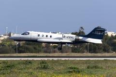 Luqa,马耳他2016年1月12日:在决赛的Learjet 库存照片