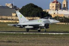 Luqa,马耳他- 2015年10月19日:皇家空军台风 免版税库存照片