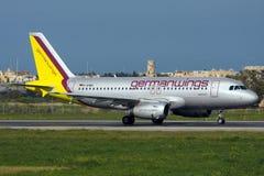Luqa,马耳他2008年2月23日:Germanwings空中客车A319在马耳他 免版税库存图片