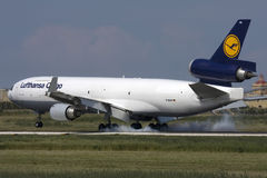 Luqa,马耳他2009年9月23日:MD-11F着陆 免版税库存图片