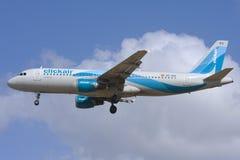Luqa,马耳他, 2007年10月15日:Clickair空中客车A320 免版税库存照片