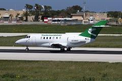 Luqa,马耳他, 2008年3月12日:HS-125离开 库存图片