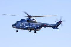 LUQA, ΜΆΛΤΑ στις 21 Μαΐου 2008: Όπως-332L1 έξοχο Puma που αιωρείται πέρα από το προσγειωμένος σημείο του Στοκ εικόνες με δικαίωμα ελεύθερης χρήσης