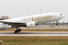 Luqa, Μάλτα - 2 Ιουνίου 2005: απογείωση 777 Στοκ εικόνες με δικαίωμα ελεύθερης χρήσης