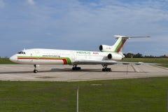 Luqa, Μάλτα στις 30 Σεπτεμβρίου 2005: Τα ρωσικά έχτισαν TU-154 Στοκ φωτογραφία με δικαίωμα ελεύθερης χρήσης